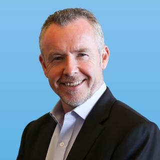 Dr Alan McDougall